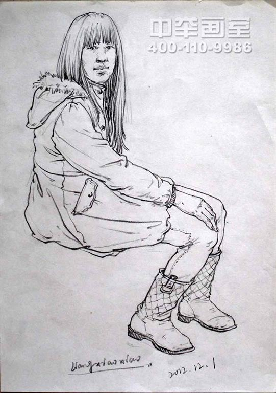 速写人物坐姿 速写人物坐姿临摹图